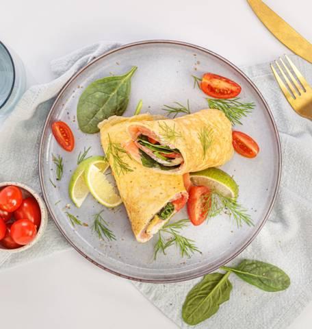 Omelette aux légumes et au saumon