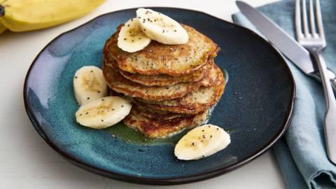 Crêpes de petit déjeuner aux flocons d'avoine et citron