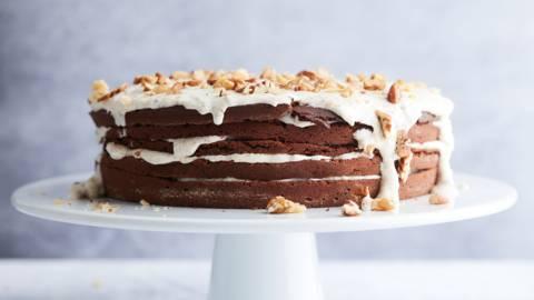 Gâteau au chocolat, glaçage aux noix
