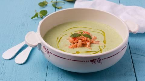 Petite soupe estivale aux écrevisses