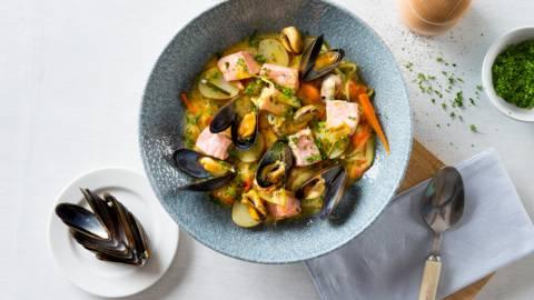 Waterzooi aux moules et au saumon