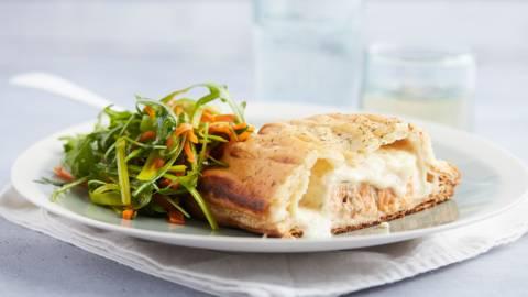 Saumon en pâte feuilletée aux légumes fins