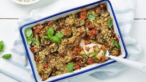 Cannellonis de courgette et d'aubergine, sauce tomate au haché végane