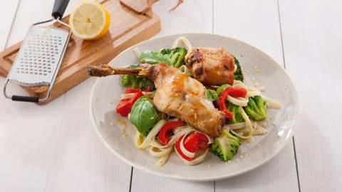 Salade tiède de lapin et tagliatelles