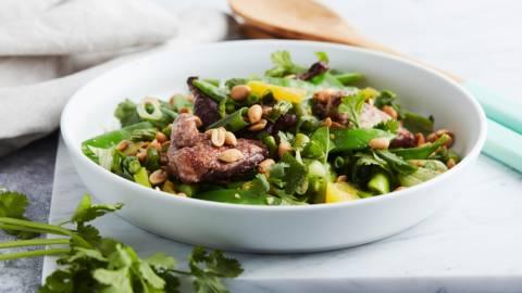 Salade de caille aux mange-tout et à l'orange