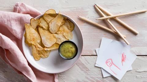 Chips «tortilla» avec salsa de kiwi
