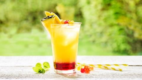 Cocktail à la grenadine