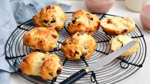 Petits pains ronds aux raisins