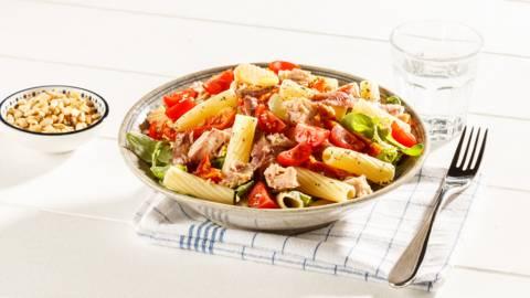 Salade de pâtes au thon et aux anchois