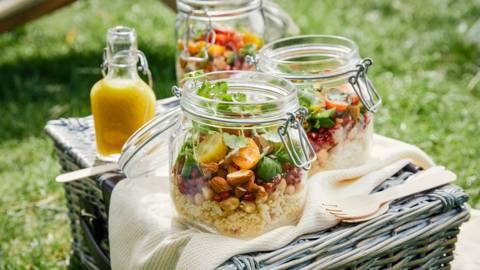 Salade couscous-pois chiches et pépins de grenade