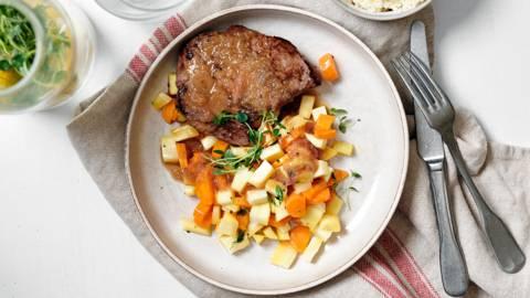 Steak de biche et sa sauce douce à l'échalote