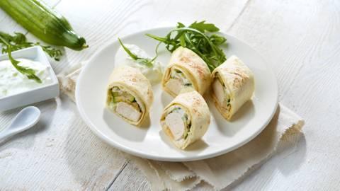 Wrap au poulet grillé, courgette et tzatziki au concombre