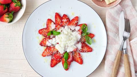 Carpaccio de fraises au chocolat blanc