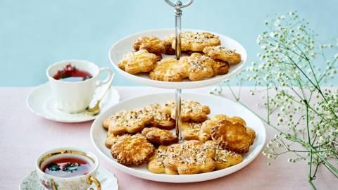 Biscuits-fleurs au citron et à la lavande