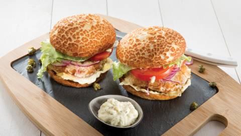 Burgers au saumon et aux câpres frites