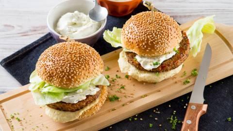 Hamburgers de lentilles et houmous