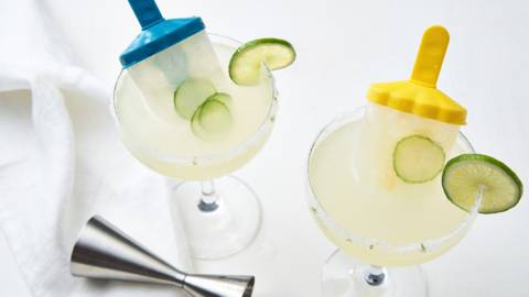 Cocktail d'été et glace à l'eau