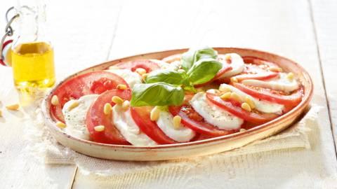 Carpaccio de tomates avec mozzarella di Bufala