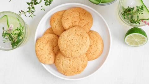 Biscuits au gingembre et limonade au gingembre frais