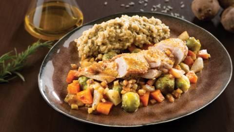 Pintade aux légumes d'hiver et risotto à la truffe