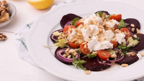 Salade de betterave rouge et ricotta