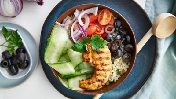 Bowl de couscous au poulet grillé
