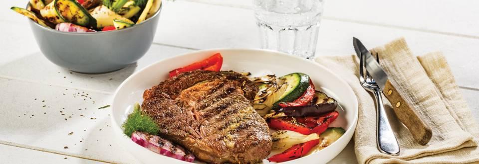 Entrecôtes marinées à l'italienne et légumes grillés