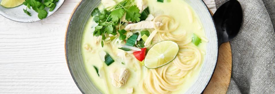 Soupe thaïe poulet-coco