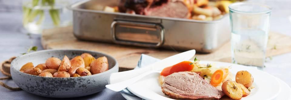 Gigot d'agneau aux légumes et pommes de terre grenaille