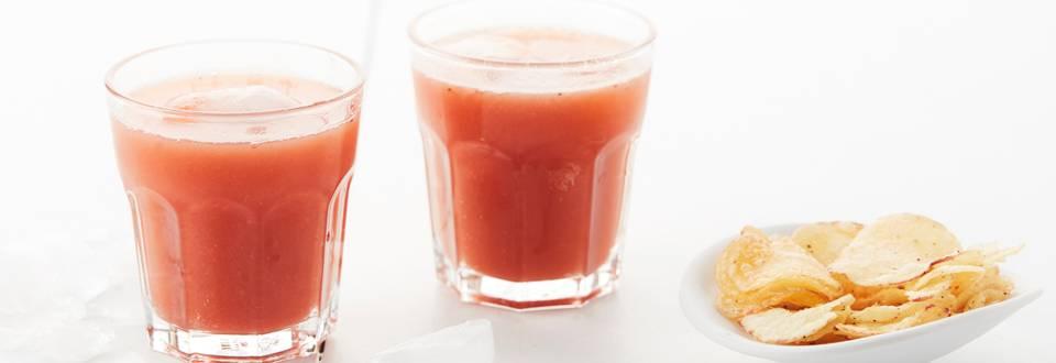 Jus orange-fraise avec une pointe de grenadine et de thé glacé au citron
