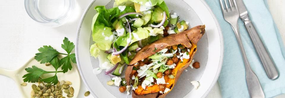 Patates douces grillées aux pois chiches et leur salade