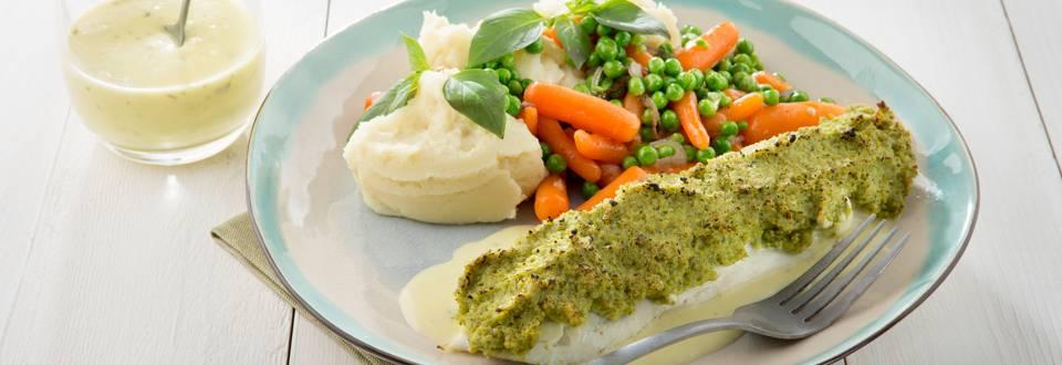 Filet de plie en croûte, purée, petits pois et carottes