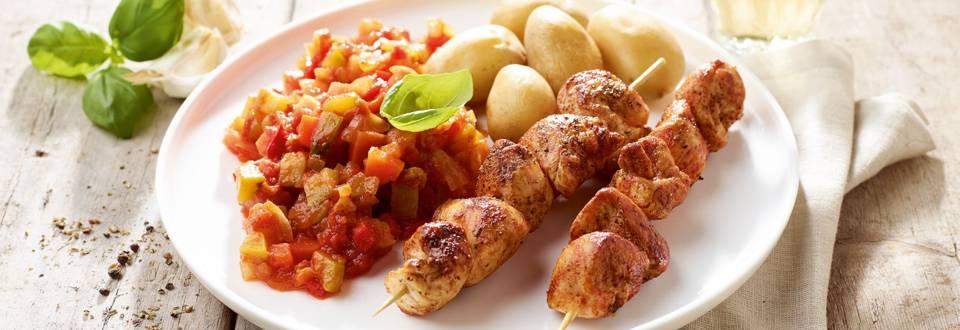 Brochettes de poulet à la sauce provençale et avec des grenailles