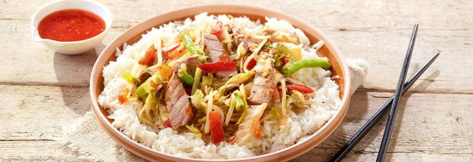 Wok thaï au bœuf et à la sauce chili