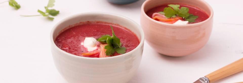 Soupe de betterave rouge au saumon