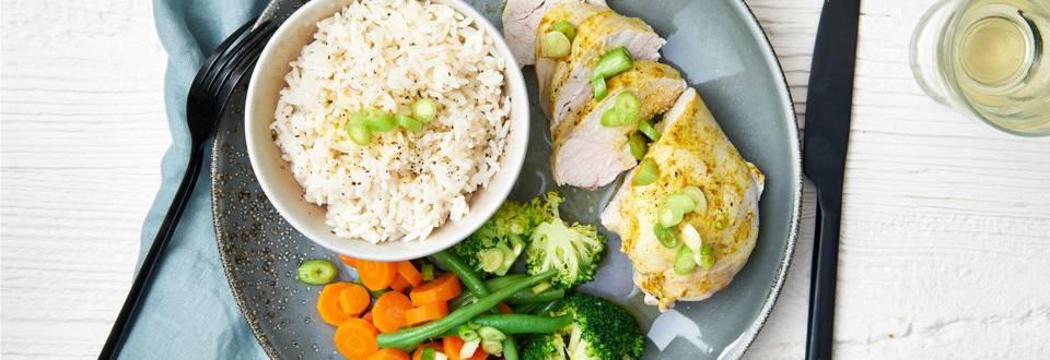 Gestoomde-kip-en-groentjes-met-rijst