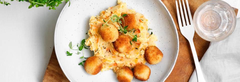Boulettes de fromage et stoemp aux carottes