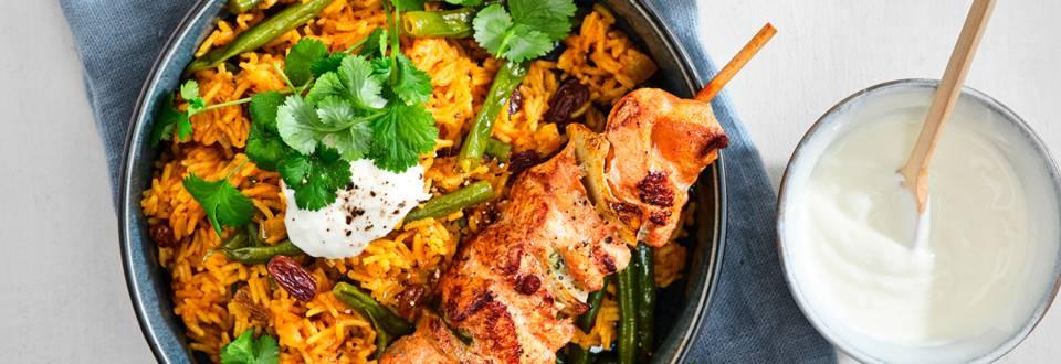 Biryani et brochettes de poulet