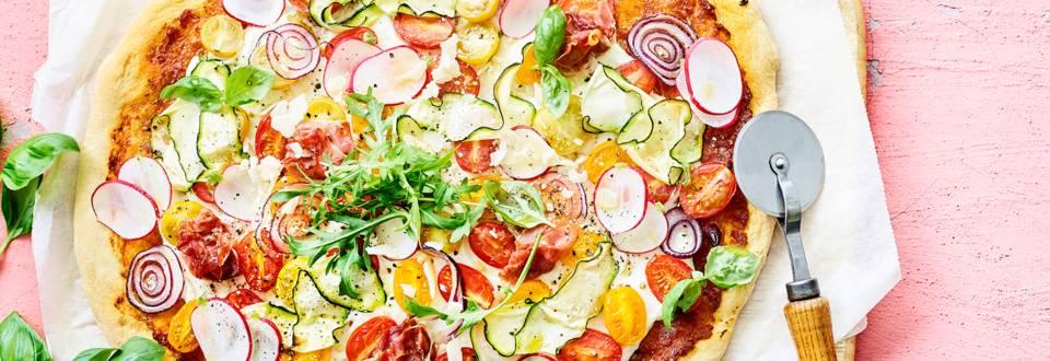 Pizza d'été faite maison