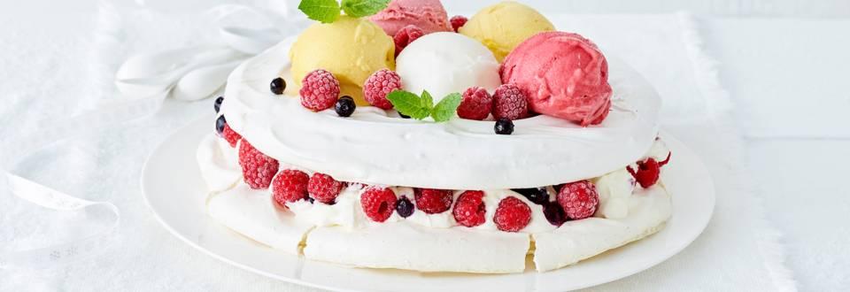 Gâteau meringué et sorbet