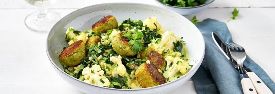 Boulettes de quinoa et curry de légumes