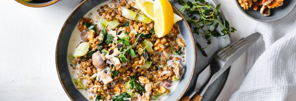 Romige linzotto met champignons, selder en spinazie_play_main