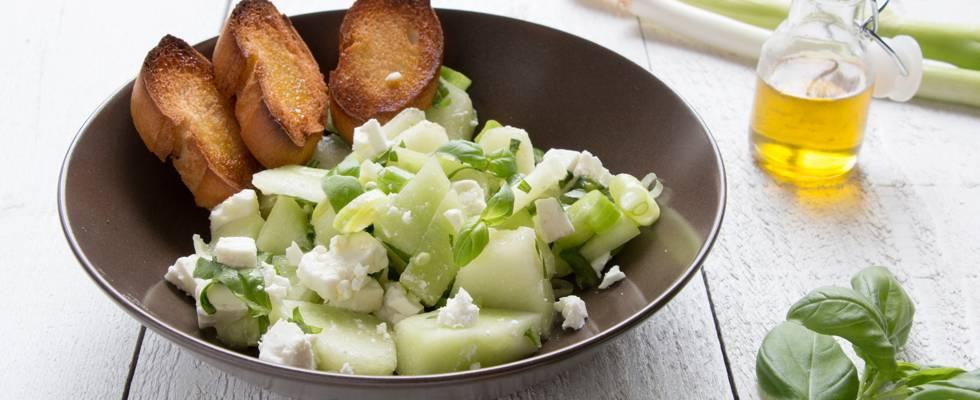 Salade de melon avec feta et basilic